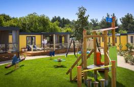 camping-krk-bella-vista-premium-family-mh-with-childrens-playground-08